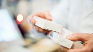 Молочницу лечат фармацевтическими препаратами