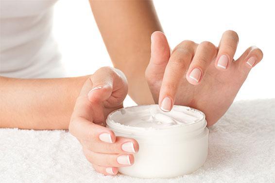 Применение крема для рук