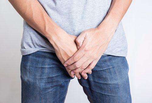 При молочнице нужно пройти лечение и ограничить сексуальные контакты