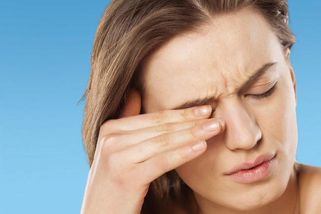 Опасен ли зуд в уголках глаз