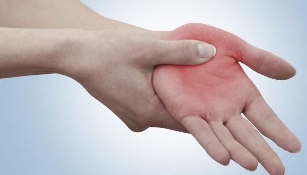 Красные ладони рук признак какой болезни