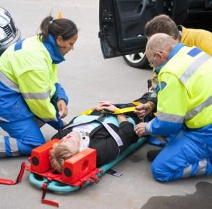 Причины возникновения, симптомы и первая помощь при сочетанных травмах