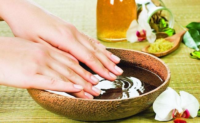 Ванночки для ногтей помогут укрепить пластину и ускорить их рост