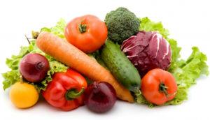 Включить в рацион клетчатку, блюда из свежих овощей, соки и морсы