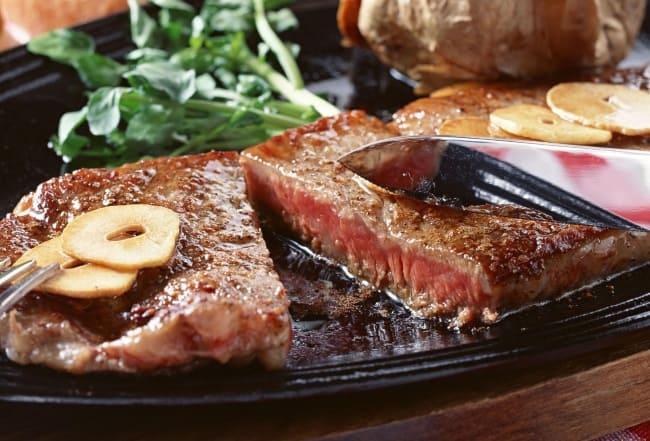 жирное мясо дает запах изо рта
