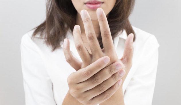 Зуд пальцев на руке