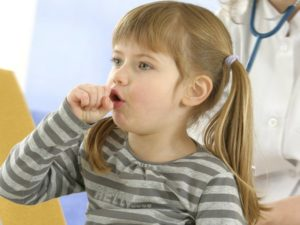 Что делать, если ребенок кашляет без остановки и как лечить